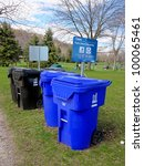 Постер, плакат: Waste and recycle bins