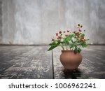 wild strawberries with flowers... | Shutterstock . vector #1006962241