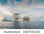 offshore oil and gas central... | Shutterstock . vector #1007331331