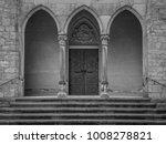 the old door of marienburg...