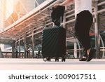 asian woman walking to airport... | Shutterstock . vector #1009017511