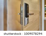 digital knob door. digital door ... | Shutterstock . vector #1009078294