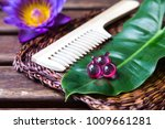 hair vitamin oil serum capsule... | Shutterstock . vector #1009661281