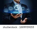 update software computer... | Shutterstock . vector #1009959055