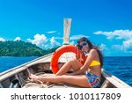 summer lifestyle traveling... | Shutterstock . vector #1010117809