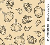 vector garlic seamless pattern... | Shutterstock .eps vector #1010261719
