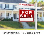 left facing foreclosure for... | Shutterstock . vector #1010611795