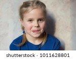 white girl 7 years old.... | Shutterstock . vector #1011628801