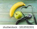 stethoscope  green apple