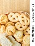 butter cookies in bamboo bowl... | Shutterstock . vector #1013678431