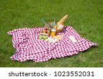 Great Concept Of Pic Nic  Pic...