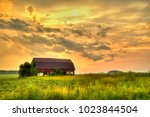 american midwest barn landscape....