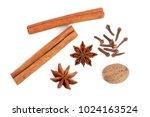 Cinnamon Sticks With Star Anis...