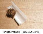 Rolling Cigarette Paper   Heap...