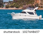 Motor Yacht In Bay Of Islands ...