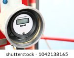 hydraulic load indicator in... | Shutterstock . vector #1042138165