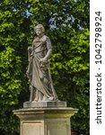 Antique Statue In Jardin Des...