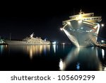 Luxurious Modern Yacht And...