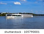 Riverboat On The Dunabious ...