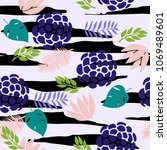 fashionable seamless pattern...   Shutterstock . vector #1069489601
