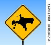 ko mak map road sign. square... | Shutterstock .eps vector #1069546961