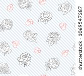 ladybug and roses seamless... | Shutterstock .eps vector #1069547387
