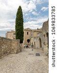 les baux de provence  france  ...   Shutterstock . vector #1069833785