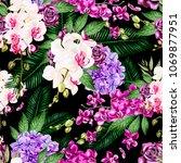 beautiful watercolor pattern... | Shutterstock . vector #1069877951
