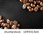 roasted coffee beans on black... | Shutterstock . vector #109541564