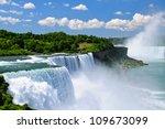 Niagara Falls  Ny  Usa