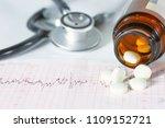 stethoscope  pills  vials in... | Shutterstock . vector #1109152721