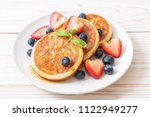 souffle pancake with fresh... | Shutterstock . vector #1122949277