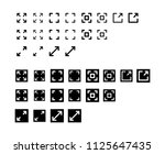 fullscreen icon design vector...