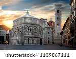 famous cathedral santa maria... | Shutterstock . vector #1139867111