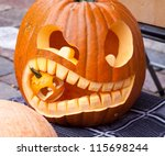 Cuted Halloween Pumpkin Eating...
