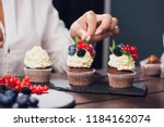 Confectioner Decorating Top...