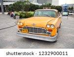 Retro Taxi New York Yellow  Th...