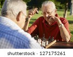 Постер, плакат: Active retired people old