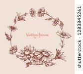 Vintage Floral Round Frame....