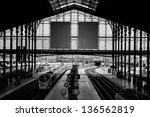 Gare Du Nord Train Station ...
