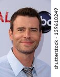 "Small photo of Scott Foley at the ""Scandal"" ATAS Event and Season Finale Red Carpet, Academy of Television Arts and Sciences, North Hollywood, CA 05-16-13"