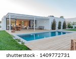Modern Villa With Pool And Dec...