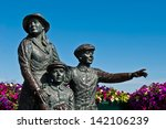 The Annie Moore Memorial ...