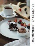 Lava Cake With Chocolate Ice...