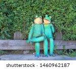 Cute Frogs  Garden Decor....