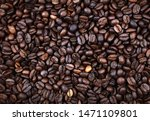 closeup of roasted coffee beans   Shutterstock . vector #1471109801
