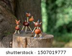 Group Of Funny Chestnut Animal...