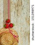 Gift Ribbon Strawberry Wood...