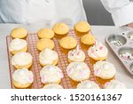Decorating Vanilla Cupcakes...