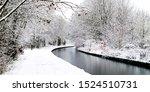 Snowing In England  Uk ...